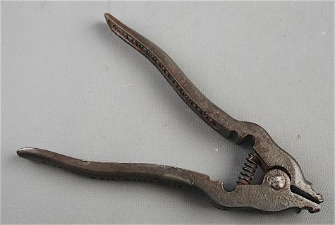 Schriver's patented chain pliers