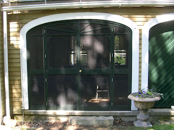 Arched screen door